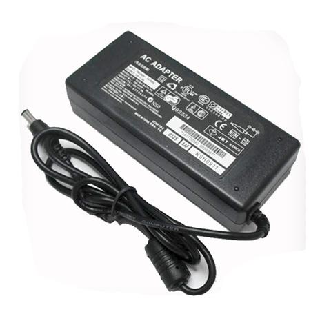 Зарядное устройство для ноутбука Toshiba 19V 6.32A (6.3x3.0 mm) Б/У